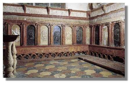Intérieur de la chapelle d'Andelot en l'église paroissiale Saint-Hilaire, Pesmes - Photo : Inv. Y. Sancey - © Inventaire général, ADAGP, 1997