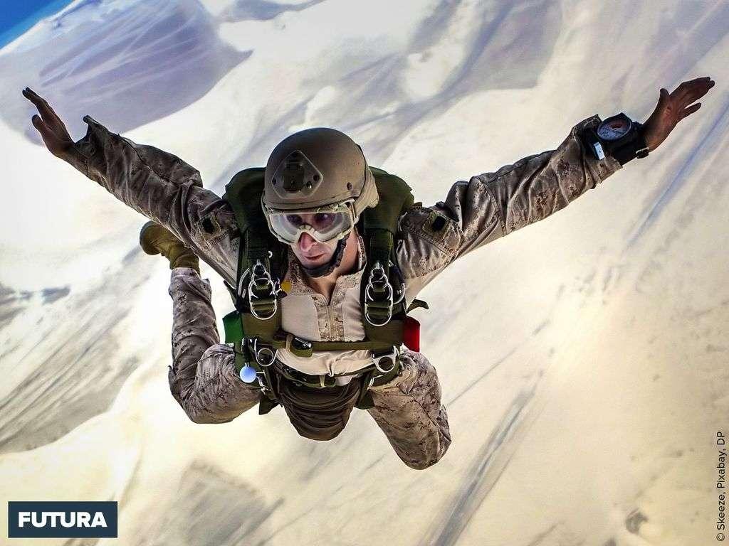 Parachutisme : la chute libre peut atteindre une vitesse de 200km/h