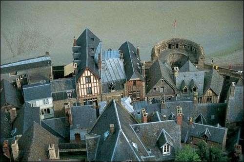 Le village du Mont-St-Michel. © Daniel Fondimare - Tous droits de reproduction interdits