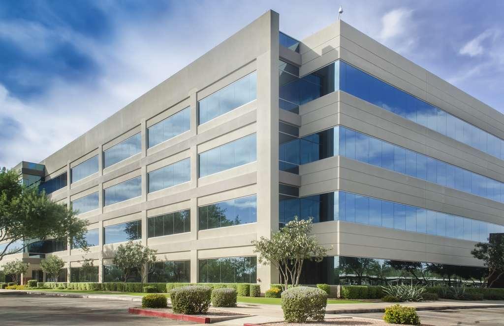 Les sociétés de gestion investissent à 93 % dans de l'immobilier d'entreprise. © Paul, Adobe Stock