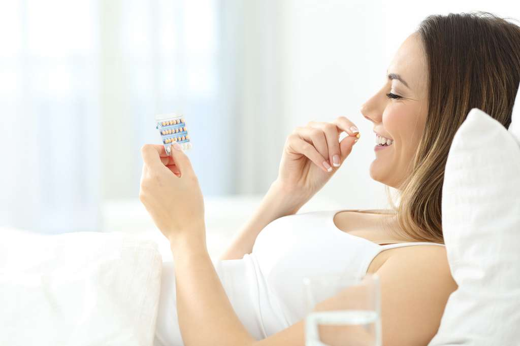 La pilule contraceptive reste le mode de contraception le plus utilisé en France tout en faisant l'objet de plus en plus de méfiance. © AntonioGuillem, Fotolia