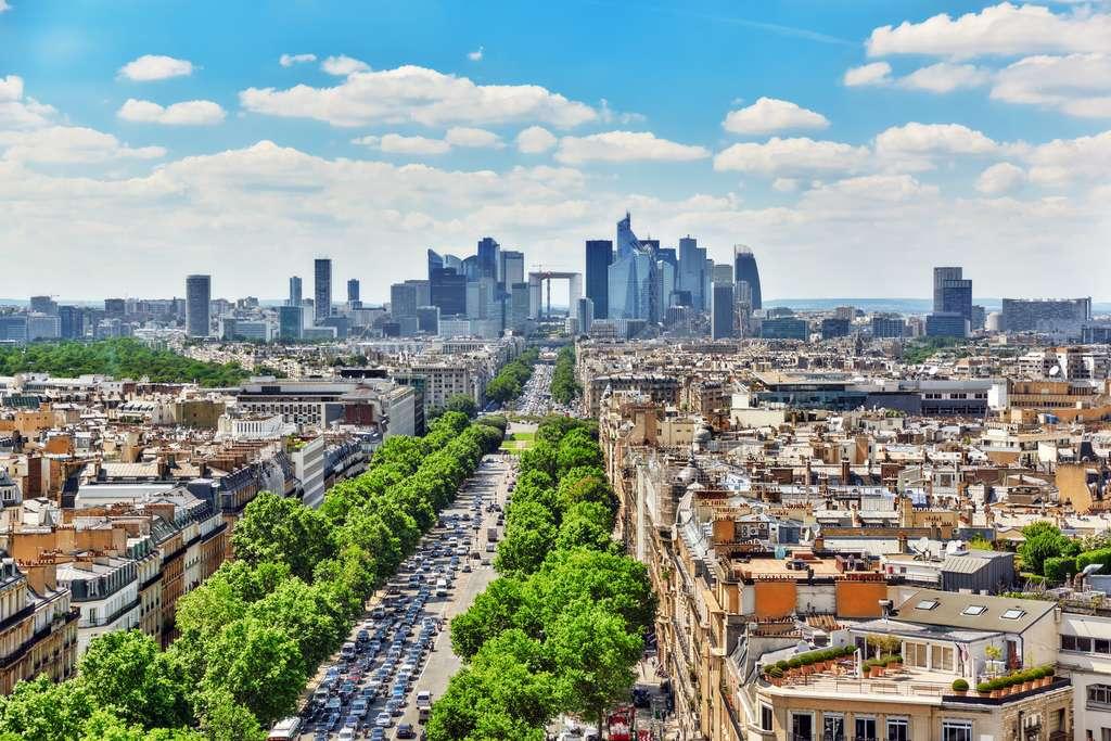 L'arche de la Défense est positionnée sur l'axe historique parisien ou voie royale. © BRIAN_KINNEY, Fotolia