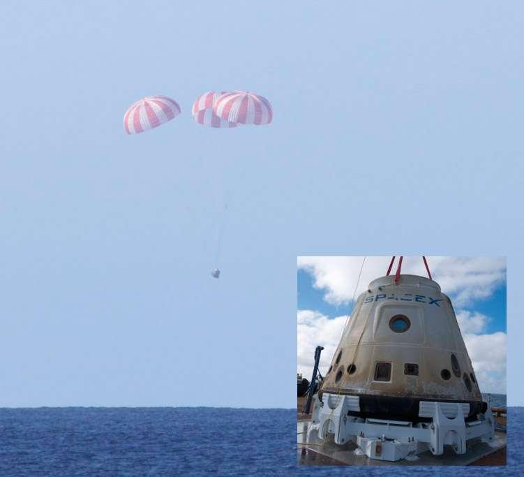 La capsule Dragon lors de son retour d'orbite après son premier vol de démonstration. Effectuée en décembre 2010, cette mission de 3 heures et 21 minutes avait consisté en plusieurs tours autour de la Planète. © SpaceX