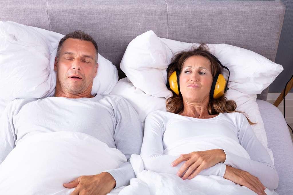 Détecter les troubles du sommeil pour vieillir dans de meilleures conditions. © Andrey Popov, Adobe Stock