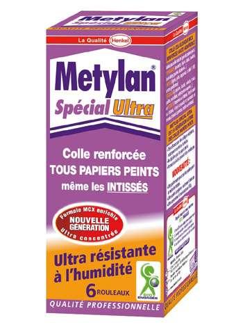 Colle renforcée, en poudre, pour tous types de papiers peints. Super concentrée et résistante à l'humidité. Paquet de 200 g : 6 rouleaux (4,90 €).