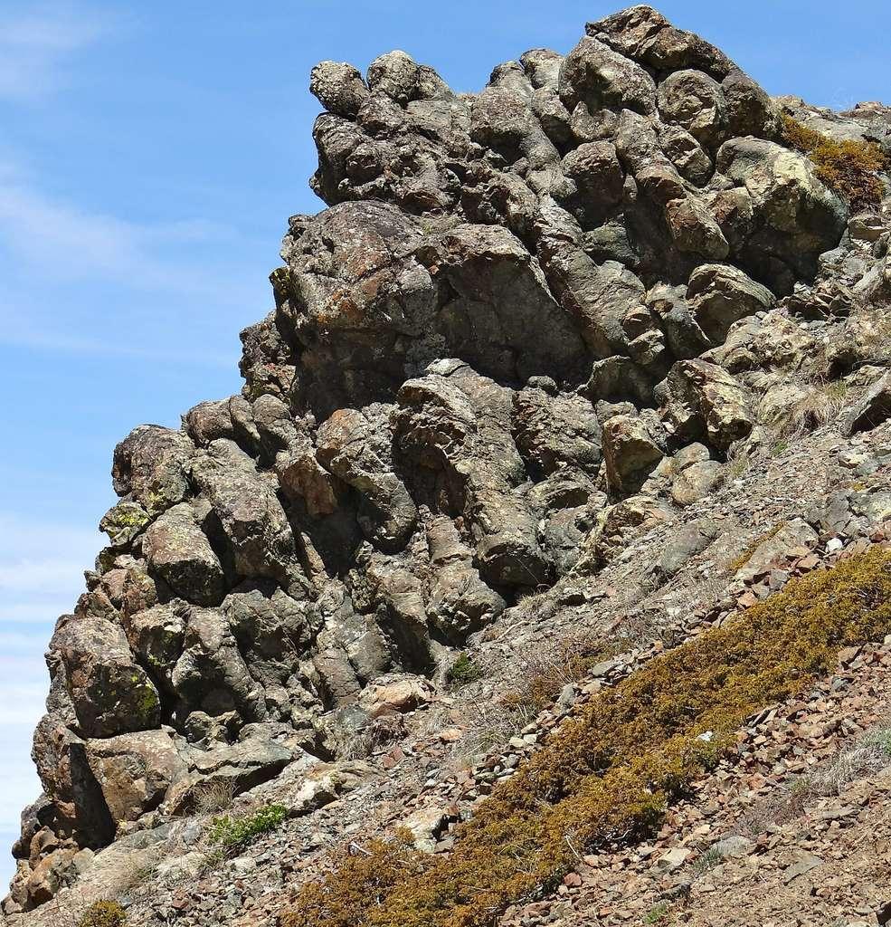 Dans les Alpes, basaltes en coussins du Chenaillet. © Florent Figon, Flickr, CC by-sa 2.0