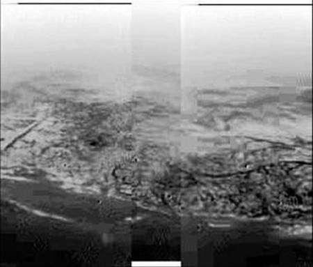 La surface de Titan vue à 8 km d'altitude. ESA.