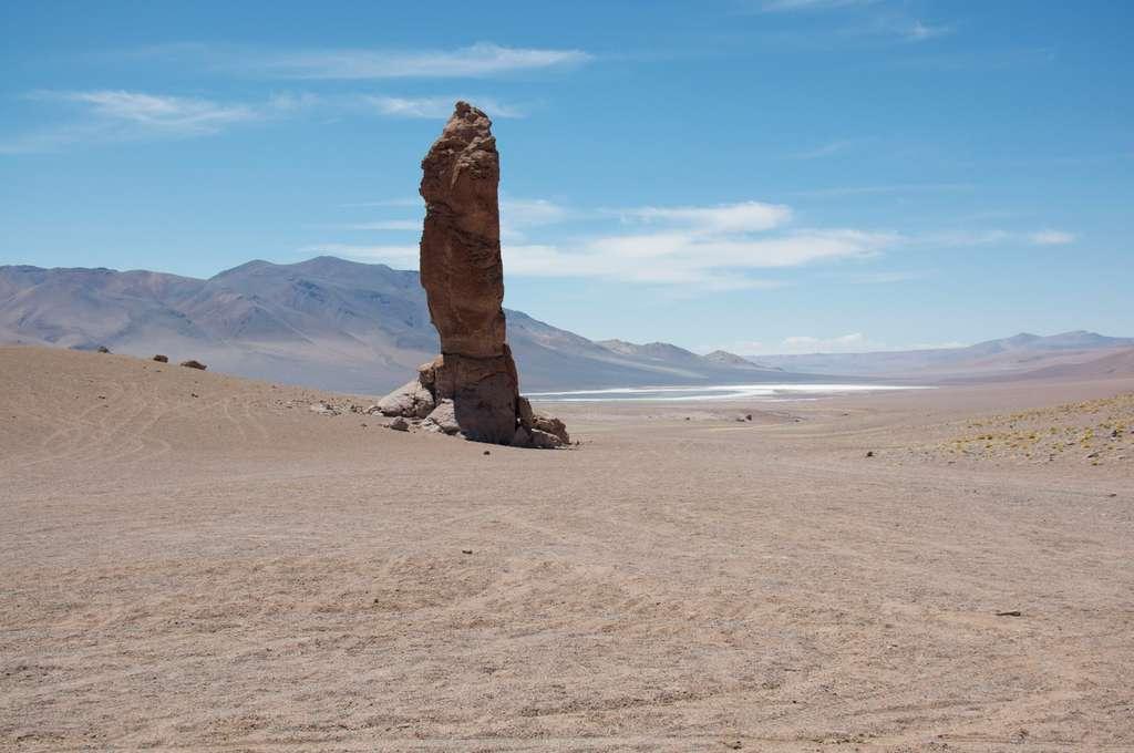 Un doigt de lave sort de terre au Chili