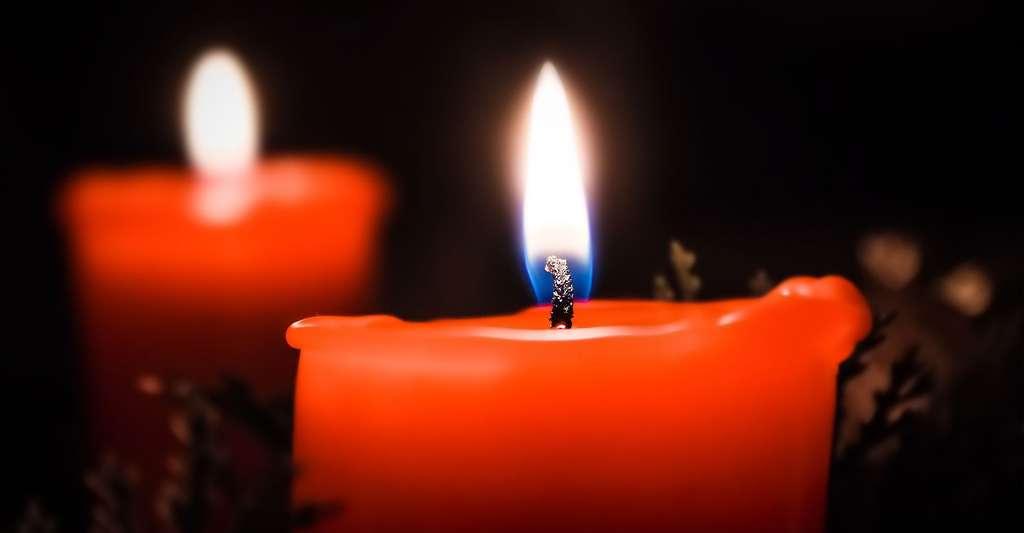 Une flamme de bougie se compose de plusieurs couleurs. Mais pourquoi ? © Nile, Pixabay, DP