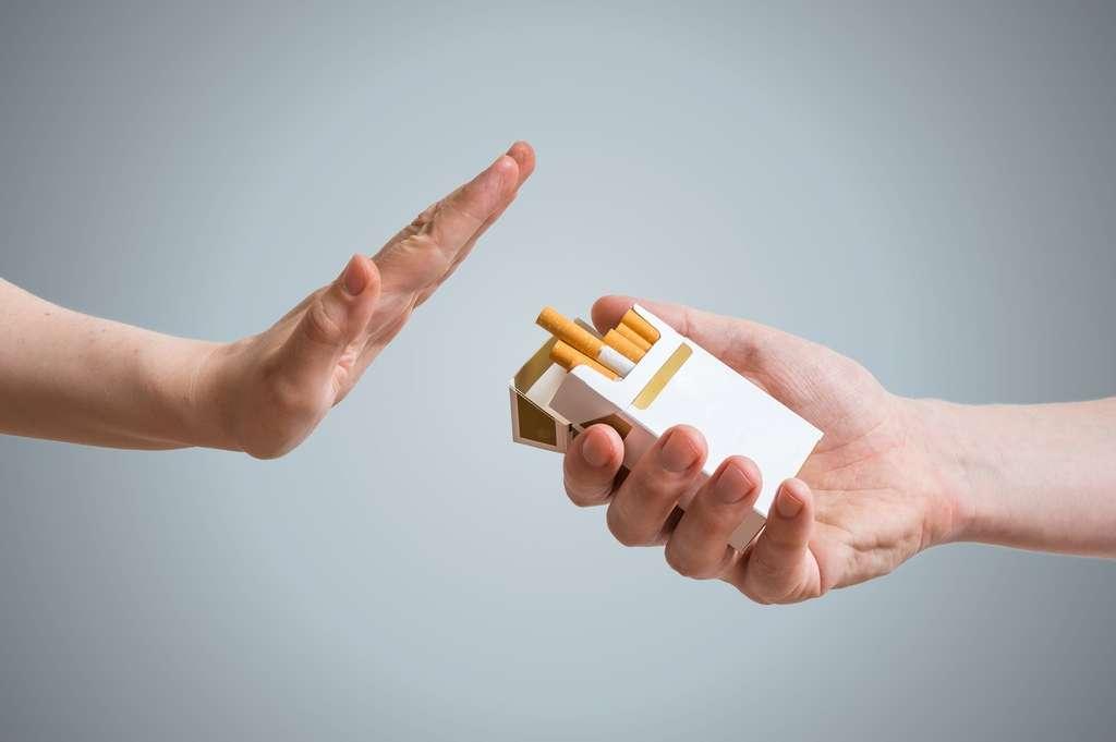 Arrêter de fumer peut aider à mieux dormir. © vchalup, Fotolia
