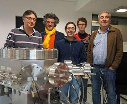 L'équipe du LGL qui a participé aux travaux de recherche. De gauche à droite : Philippe Télouk, Vincent Balter, Victor Bondanese, Aline Lamboux, Francis Albarède. © ENS Lyon