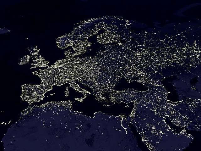 Image satellite de l'Europe et ses lumières