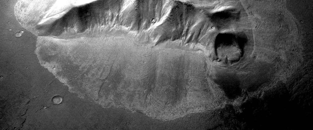 Image des glaciers d'Hellas obtenue avec la sonde européenne Mars Express et la High Resolution Stereo Camera (HRSC). Crédit : Esa/DLR/FU Berlin
