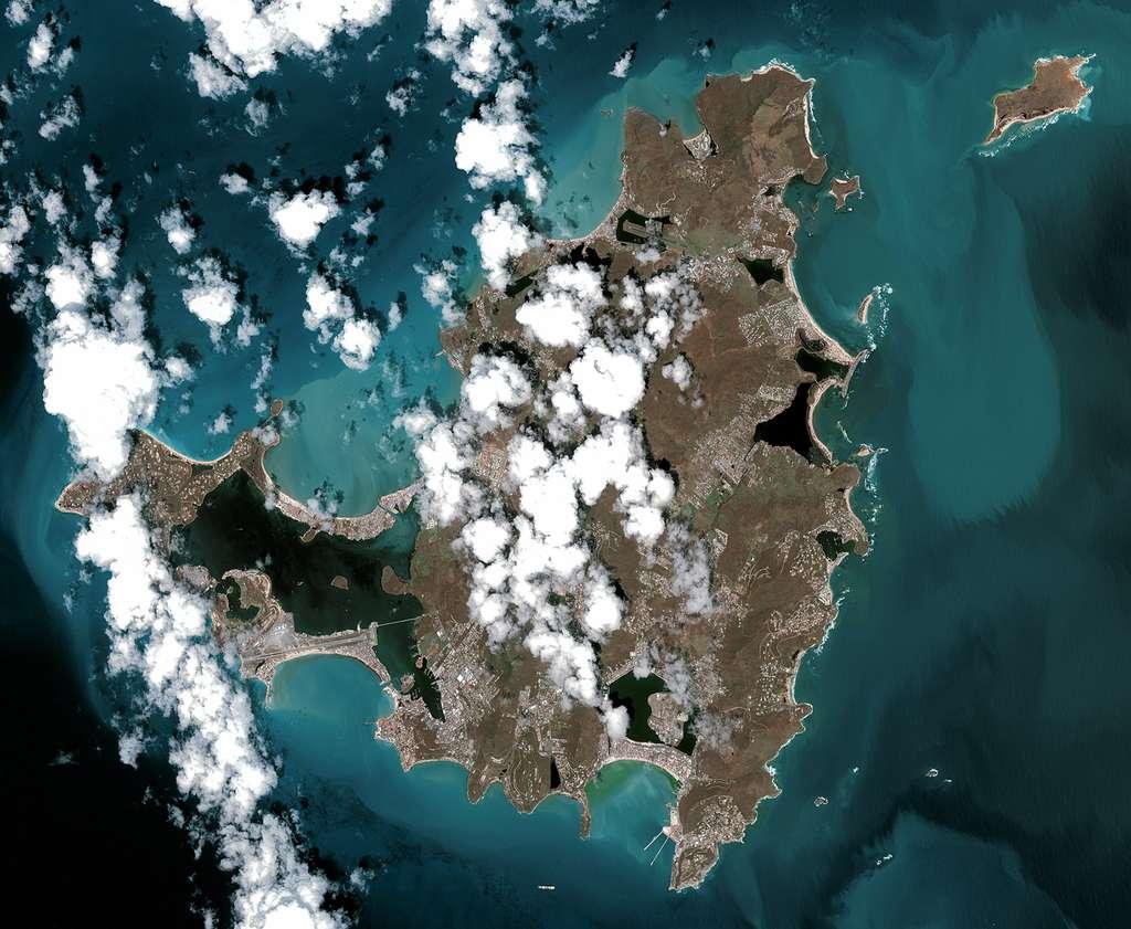 L'île de Saint-Martin après le passage de l'ouragan Irna. © Cnes 2017, distribution Airbus DS