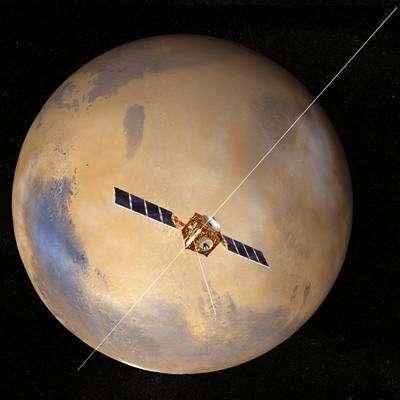 Mars Express, antenne de l'instrument MARSIS déployée. Crédit ESA.