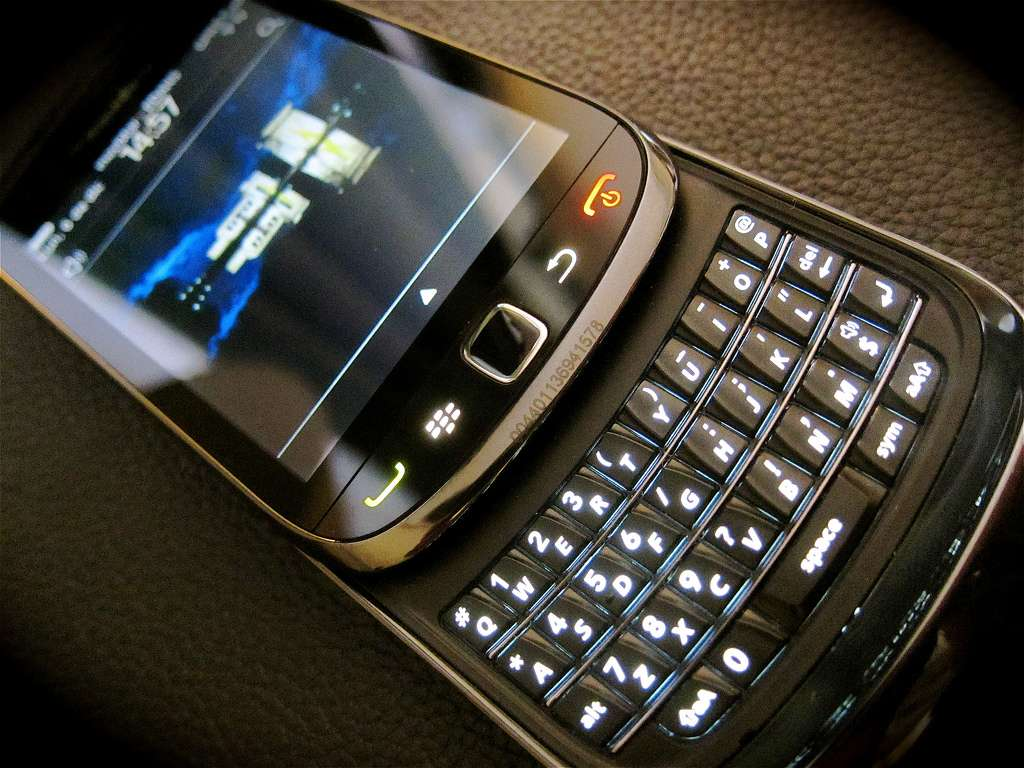 Le BlackBerry Torch proposait un fonctionnement sous BlackBerry OS. © Enrique Dans CC
