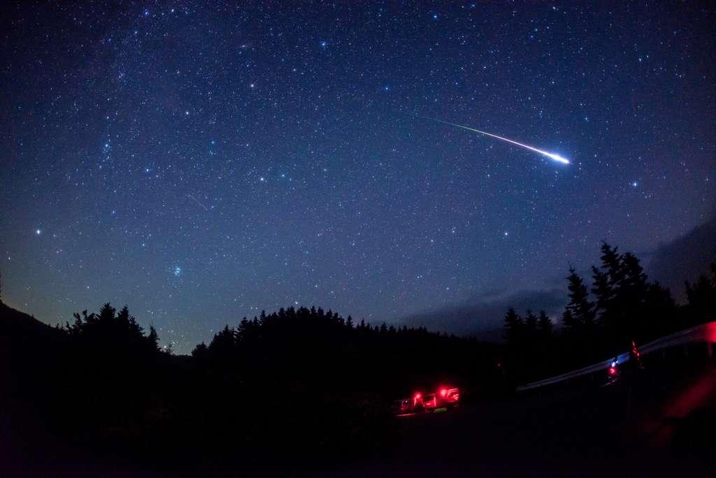 Photo étoile Filante Dans Le Ciel Japonais