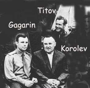 Youri Gagarine, Guerman Titov et Sergueï Korolev. © Wikimedia Commons