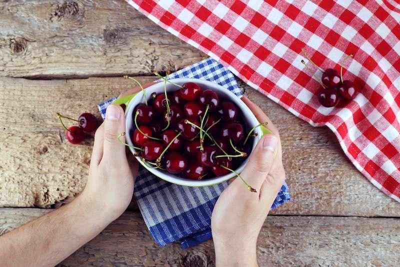 Les anthocyanes que l'on trouve dans les cerises font partie des trois flavonoïdes qui ont des propriétés particulièrement positives. © flil, Shutterstock.com
