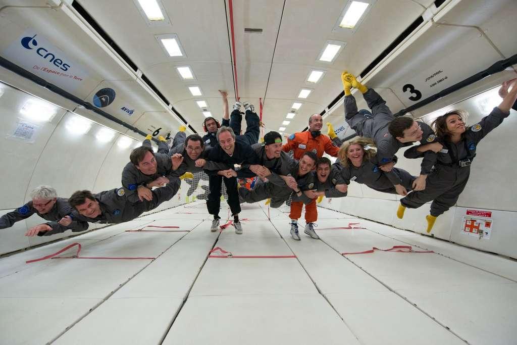 Un envol groupé en compagnie de Jean-François Clervoy durant le vol du 15 mars 2013. © Novespace