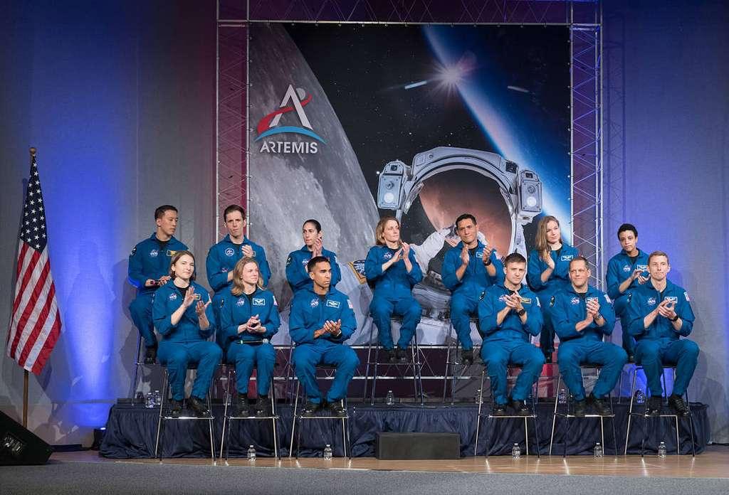 En janvier, la Nasa a accueilli 11 nouveaux astronautes dans ses rangs, augmentant le nombre de personnes éligibles pour des missions de vol spatial qui élargiront les horizons de l'humanité dans l'espace pour les générations à venir. © Nasa