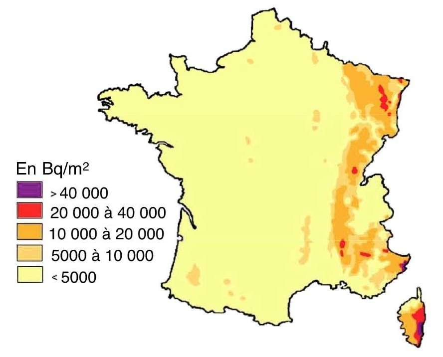Reconstitution par l'IRSN en 2005 des dépôts de césium 137 d'après une modélisation prenant en compte la pluviosité de mai 1986.