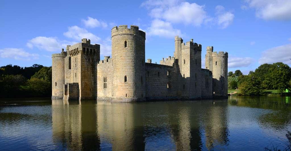 Le château de Bodiam, en Angleterre