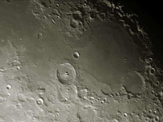 Le cratère Theophilus