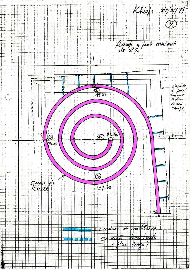 Le premier croquis montrant l'idée d'une rampe intérieure en spirale fut dessiné par Henri Houdin. © Jean-Pierre Houdin