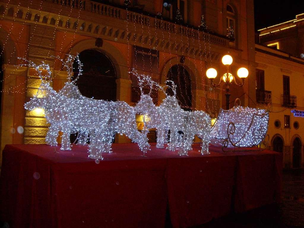 Traîneau de rennes lumineux, en Italie
