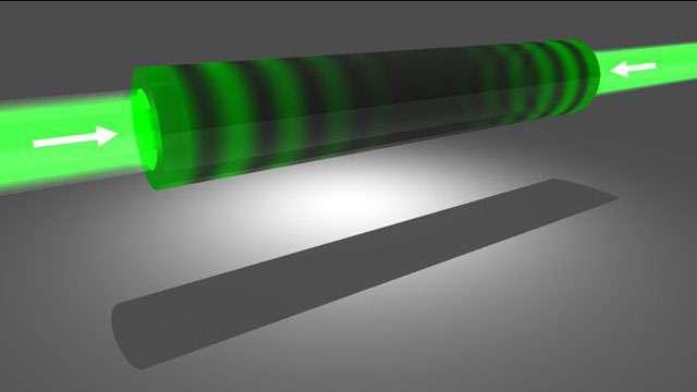 Le dispositif antilaser contient une cavité en silicium dans laquelle deux rayons lasers de même longueur d'onde convergent et entrent en collision frontale. © Science/AAAS