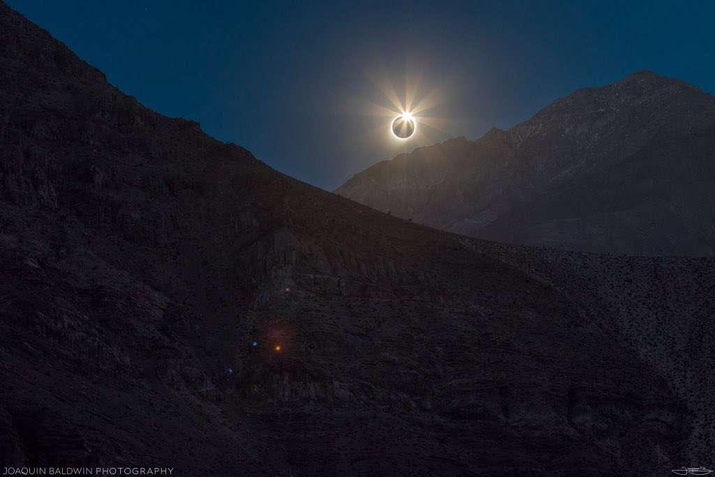 Dans les Andes au Chili, éclipse totale du Soleil. © Joacquin Baldwin, Twitter