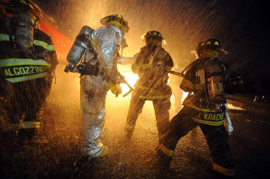 Pour prévenir au mieux les risques d'incendies, chaque logement devra être équipé de détecteurs de fumée. © The National Guard-Fotopedia CC by 2.0