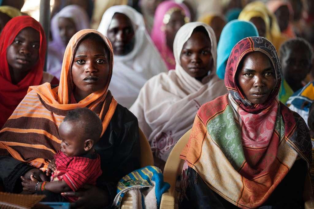 Dans certains pays, plus de 90 % des femmes sont victimes d'excision. Heureusement, les jeunes générations ont un peu moins de risques de subir ces mutilations génitales que leurs aînées. © UNAMID Photo, Flickr, cc by nc nd 2.0