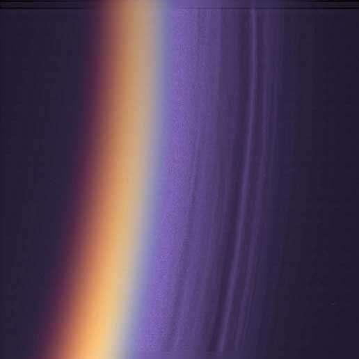 L'atmosphère stratifiée de Titan
