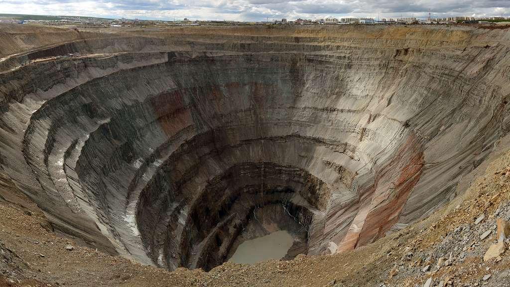 Mir, l'une des plus grandes mines au monde