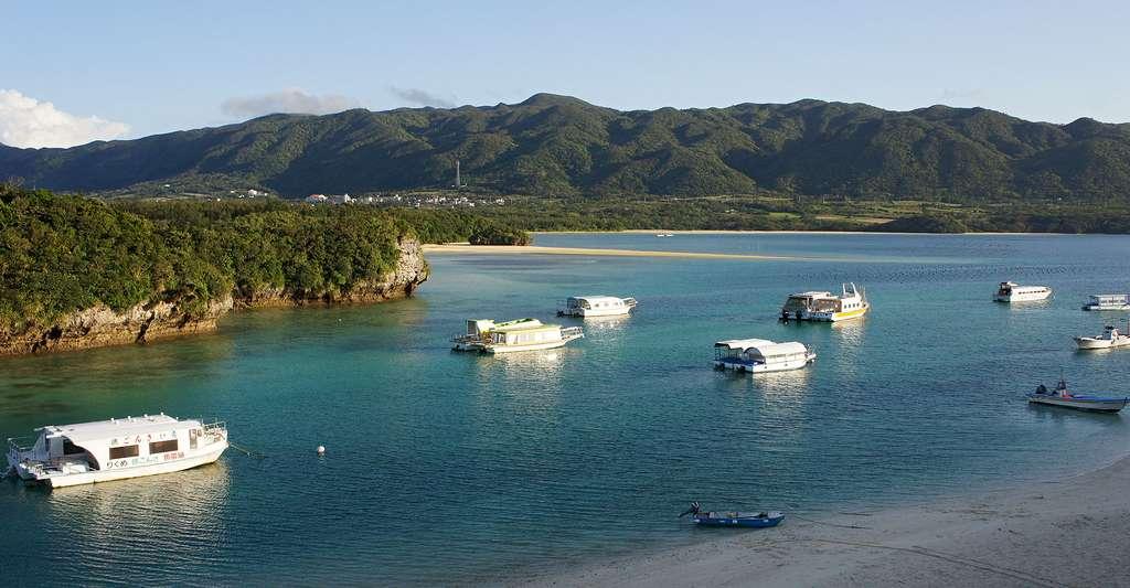 Baie de Kabira île de Ishigaki. © 663highland, CC by-nc 2.5