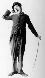 Charlie Chaplin en plein bâillement. © DP