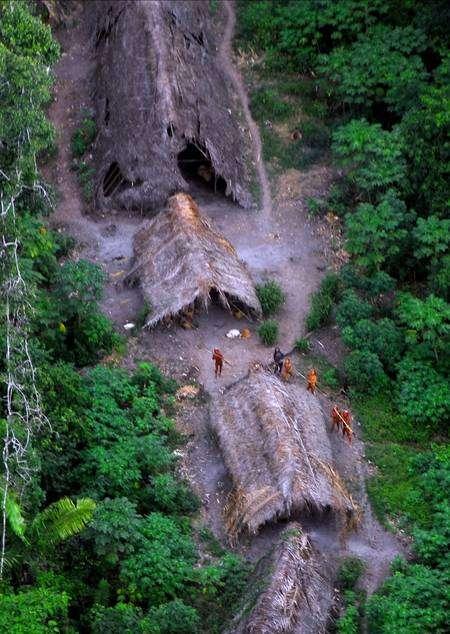 Aucun autre contact ne sera recherché avec cette tribu, car il est en général fatal. © FUNAI