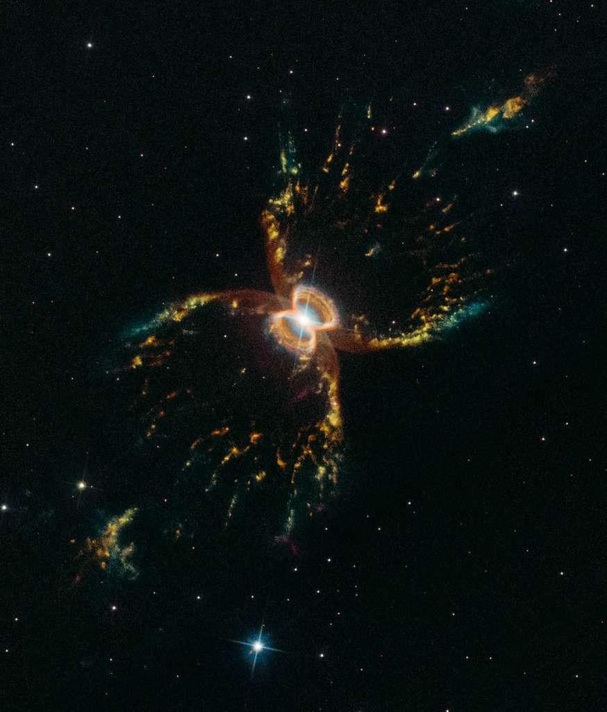 La nébuleuse du Crabe du Sud photographiée par Hubble en mars dernier. Le télescope spatial l'avait déjà dépeinte il y a 20 ans, en 1999. Ce nouveau portrait composite a été tiré par sa caméra WFC3 (Wide Field Camera 3). Les gaz en rouge correspondent au souffre, en vert à l'hydrogène et en bleu à l'oxygène. © Nasa, ESA, STScI