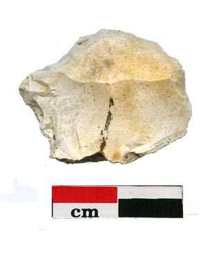 Grattoir (environ 11500 B.P.). © : F. Bazile, 2006 Reproduction et utilisation interdites