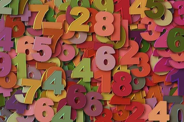 Un chiffre simple mais brouillé... Saurez-vous trouver son sens ? © Géralt, Pixabay, DP