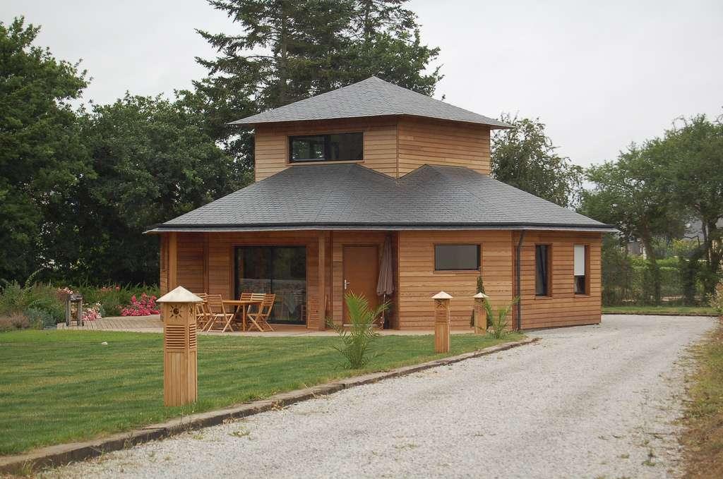 Maison en bois atypique