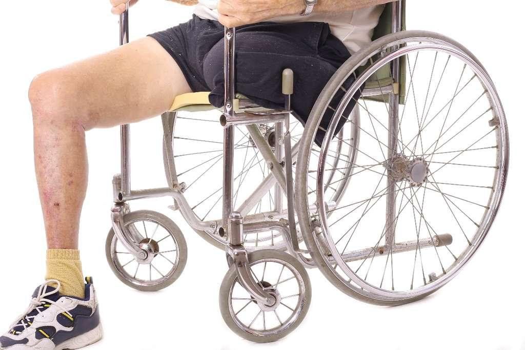 Les seniors les plus optimistes ont 9,5 % de risques en plus de connaître des problèmes de santé handicapants que les plus pessimistes. © Creativestock, StockFreeImages.com
