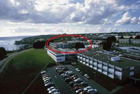 """© Ifremer - Photo générale du centre de Brest et du bâtiment """"Géosciences Marines"""" Reproduction et utilisation interdites"""