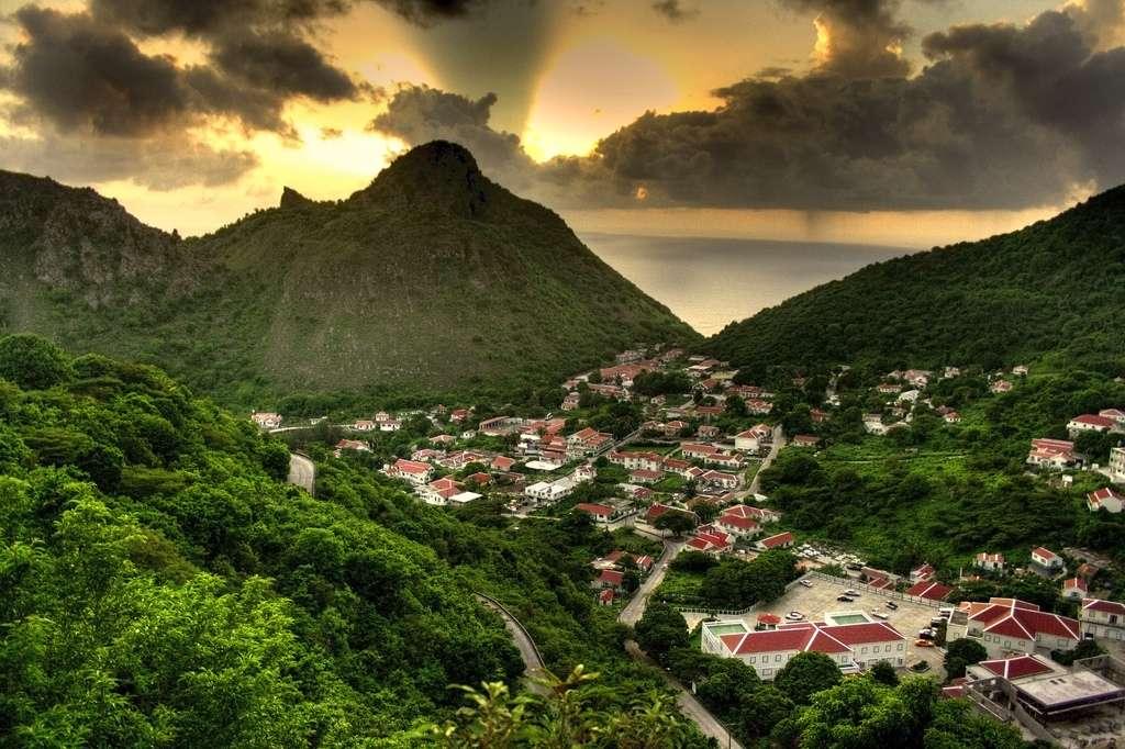La ville de « The Bottom » sur l'île de Saba. © Simon Wong, wikimedia commons, DP