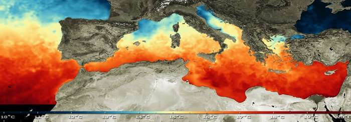 Température des eaux de surface de la mer Méditerranée établie en 2008 dans le cadre du projet Medspiration. Celui-ci compile les données quotidiennes haute résolution des eaux du bassin méditerranéen combinée avec celles collectées par des satellites comme Sentinel-3. © Esa
