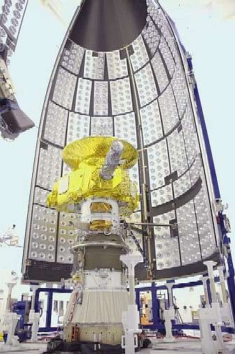 New Horizons installé sur troisième étage, Star 48B dans l'immense coiffe du lanceur (5 m de diamètre). © Nasa