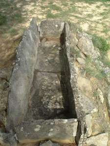 Sarcophage de type aquitain
