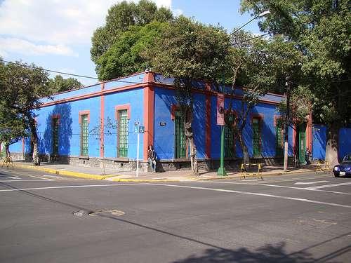 Le bleu du musée Frida Kahlo est reconnaissable parmi tous les autres, et lui vaut son surnom de Casa Azul. © Raul Lisboa